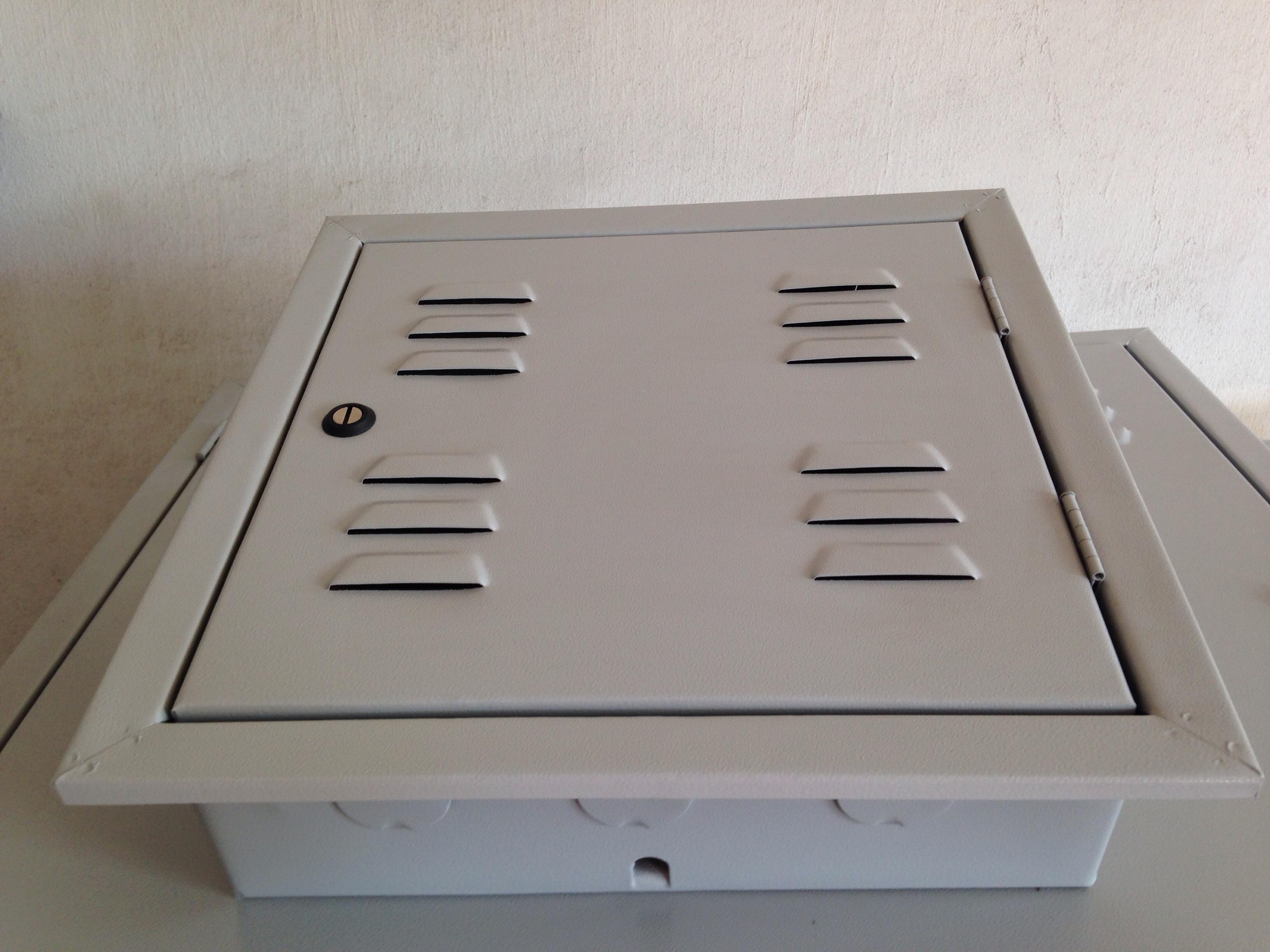 Caixa de Telefone 40 x 40 - Comércio PALOMAR de Ferro e Aço LTDA